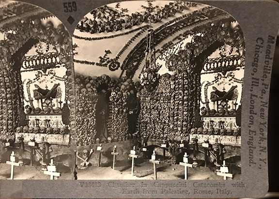 Stereoview of the Capuchin crypt, circa early 1900s.