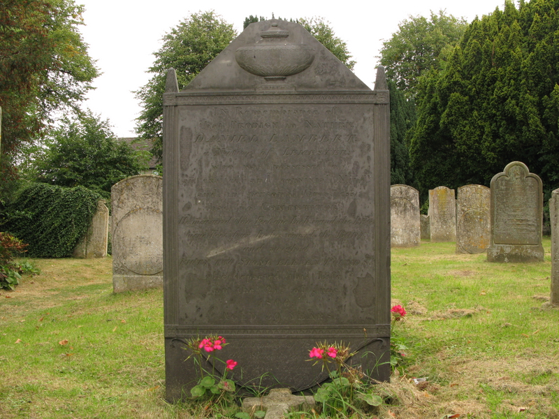 Daniel Lambert's grave. By Dave [CC BY-SA 2.0 (https://creativecommons.org/licenses/by-sa/2.0)], via Wikimedia Commons.