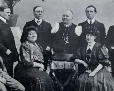 Postcard of Nikolai Kobelkoff and family, circa 1911. Marc Hartzman Collection.