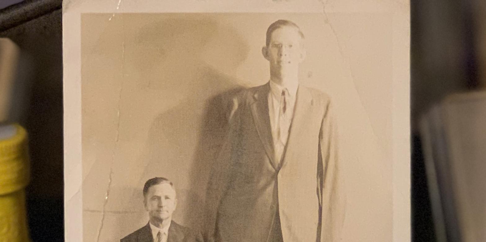 Robert Wadlow, the Tallest Man Ever, Should've Been Nine Feet Tall